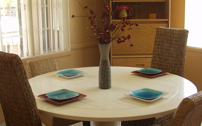 WINR - Women in New Recovery - dining room in Downtown Mesa, Arizona - addiction treatment and sober living for women in recovery from drug addiction