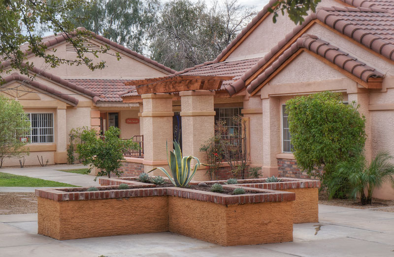 WINR - Women In New Recovery - Courtyard - Mesa Arizona Drug Rehab for women - female-only addiction treatment