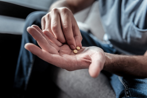 Commonly Used Prescription Drugs and Signs You're Addicted to Them