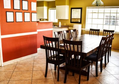 kitchen dining table - Canyon Vista Recovery Center - addiction treatment in Mesa